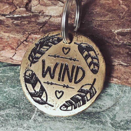 Медальон WIND для собаки с гравировкой-1